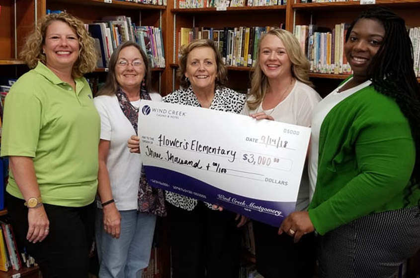 Wind Creek Montgomery Presents a $3,000 Check from the Make a Change Program!